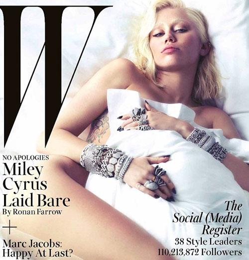 Miley Cyrus posa casi desnuda y sorprende