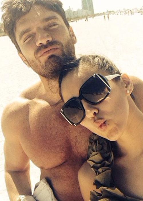 Julián Gil se quiere casar con una mujer más joven que su hija