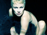 Pamela Anderson se desnuda a sus 46 años